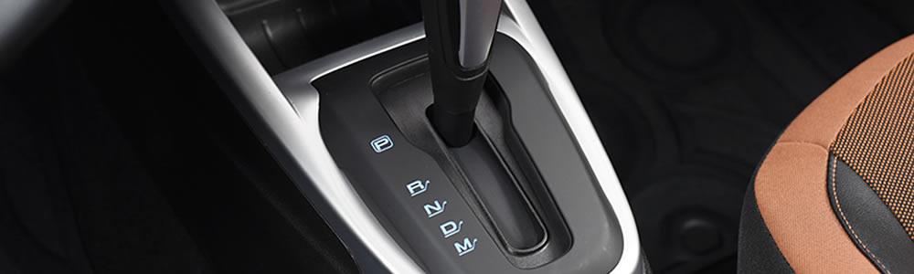 7 erros que jamais devemos cometer ao dirigir carros com câmbio automático